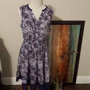 Simply Vera Wang Dress Size Medium